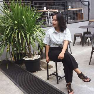 Baju Putih Stripe