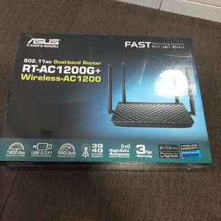 WTS BRSND NEW ASUS DUAL-BAND ROUTER RT-AC1200G+