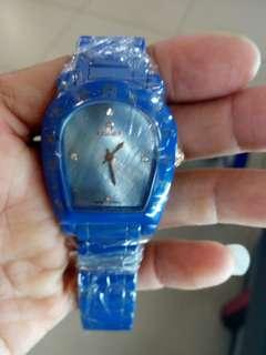 Jam tangan wanita Aigner super full keramik biru