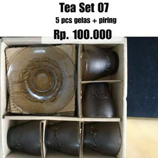 Tea Set 07