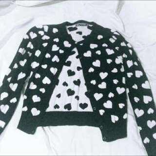 Cardigan with hearts black n white