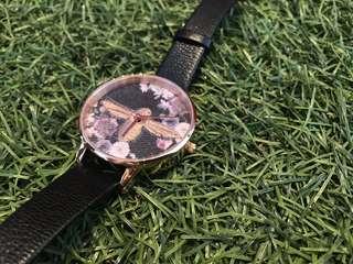 英國 OLIVIA BURTON 刺繡款手錶