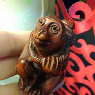 🚚 名家。花梨木小猴。實心。收藏品樂分享。