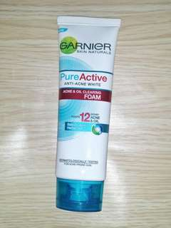 Garnier Acne and Oil Cleaning Foam