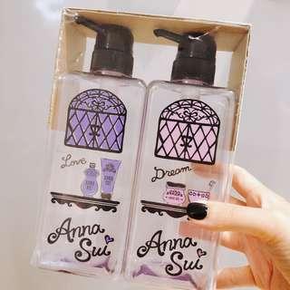 🚚 ANNA SUI沐浴瓶組