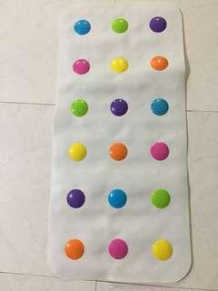 Munchkin bath mat