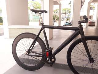 Throne supreme lo blackout fixie (urgent!!!!!!)