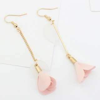 [INSTOCKS] Floral Leaves Dangling Drop Earrings