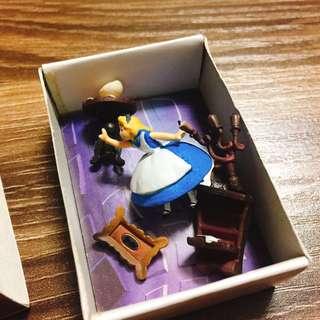 🚚 愛麗絲 絕版 YUJIN 火柴盒扭蛋