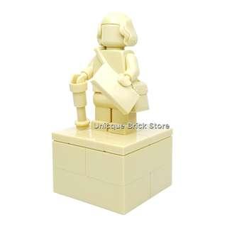 🚚 [Unicque] Lego Minifigure MOC - Old Man Statue #caroupay