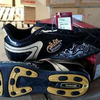 Sepatu futsal keren
