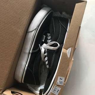 Vans正品黑色基本款帆布鞋