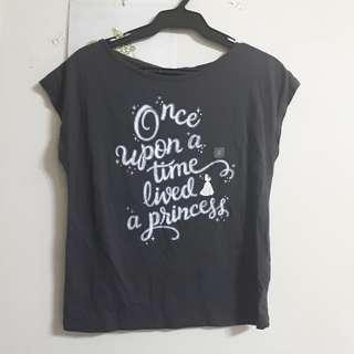 Uniqlo全新T恤🥀
