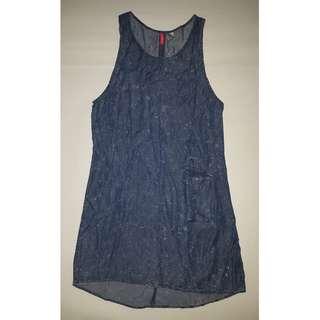 H&M Distressed Denim Dress - EUR 32 / US 2 / CA 2 / CN 155/76A / MX 2