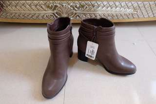 Sepatu Boots Forever21 New