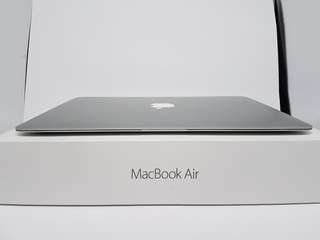 MacBook Air 2014 Excellent Condition With Warranty Limited Sets!!!