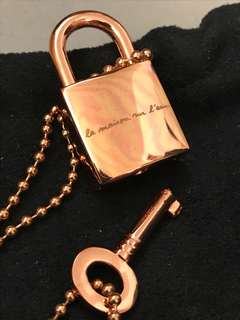 Agnes B key and lock necklace