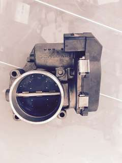 BMW E90 throttle bodies