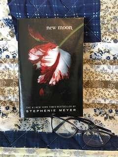 Twilight: New Moon by Stephenie Meyer