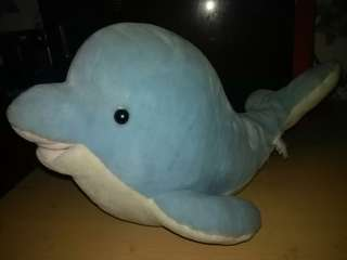 Stuff toy giant dolphine