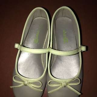 Kids doll shoes size 11 1/2