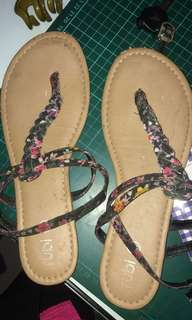 sepatu sendal rubi