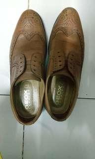 Sepatu Geox Derbie
