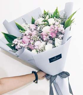 Designer series bouquet DS217