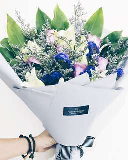 Designer series bouquet DS218