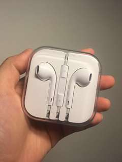 APPLE EARHONES/EARPODS