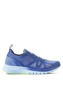 Reebok運動鞋