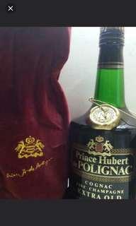 70年代,陳年黑樽百利來XO干邑700ml,連原裝绒酒袋。