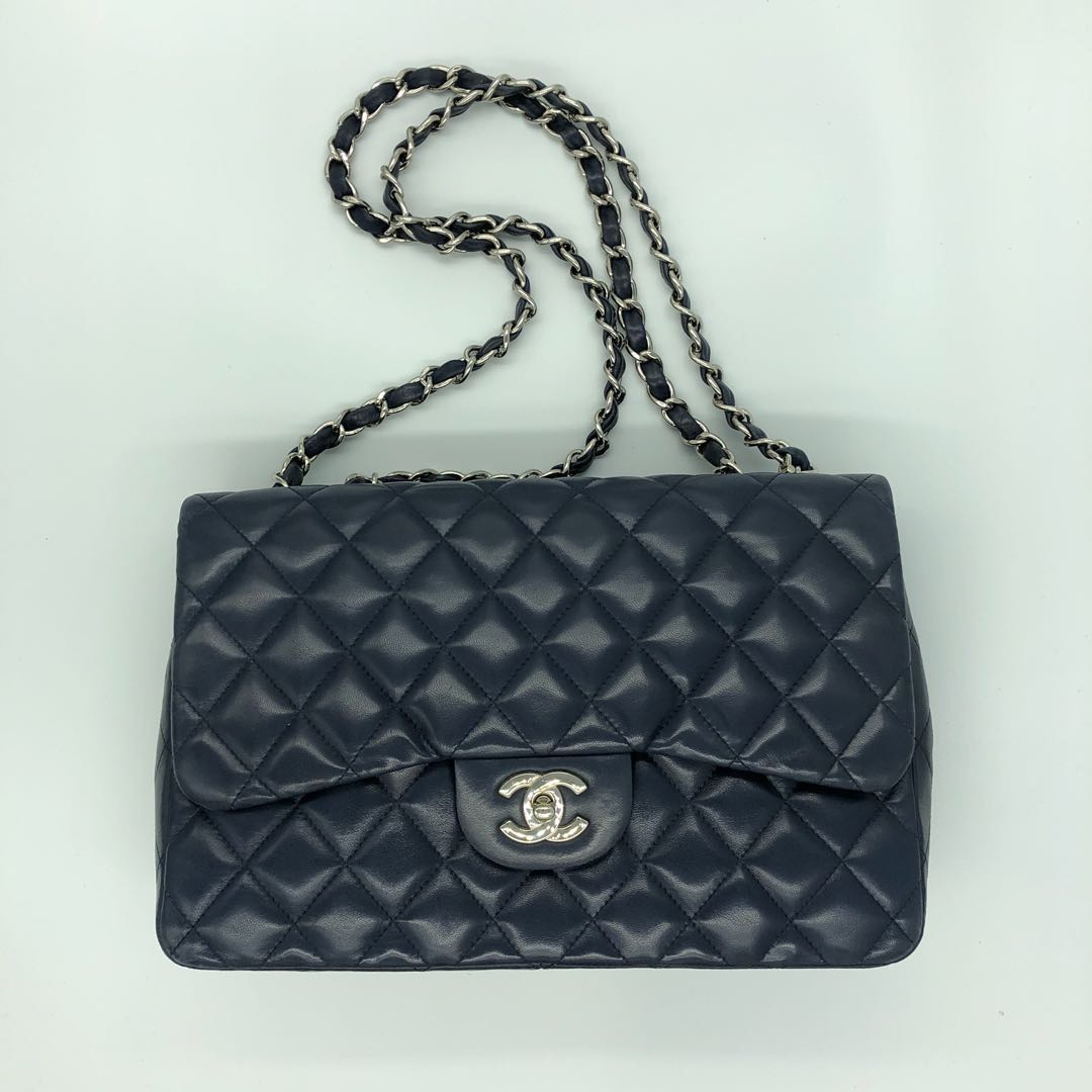 2d50889a875e Chanel Timeless Classic lambskin Jumbo Handbag In Blue, Luxury, Bags ...