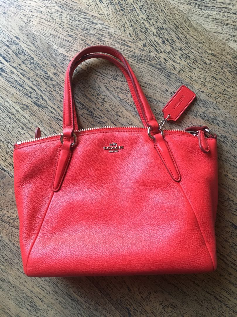 COACH New York Authentic Red Cross body bag