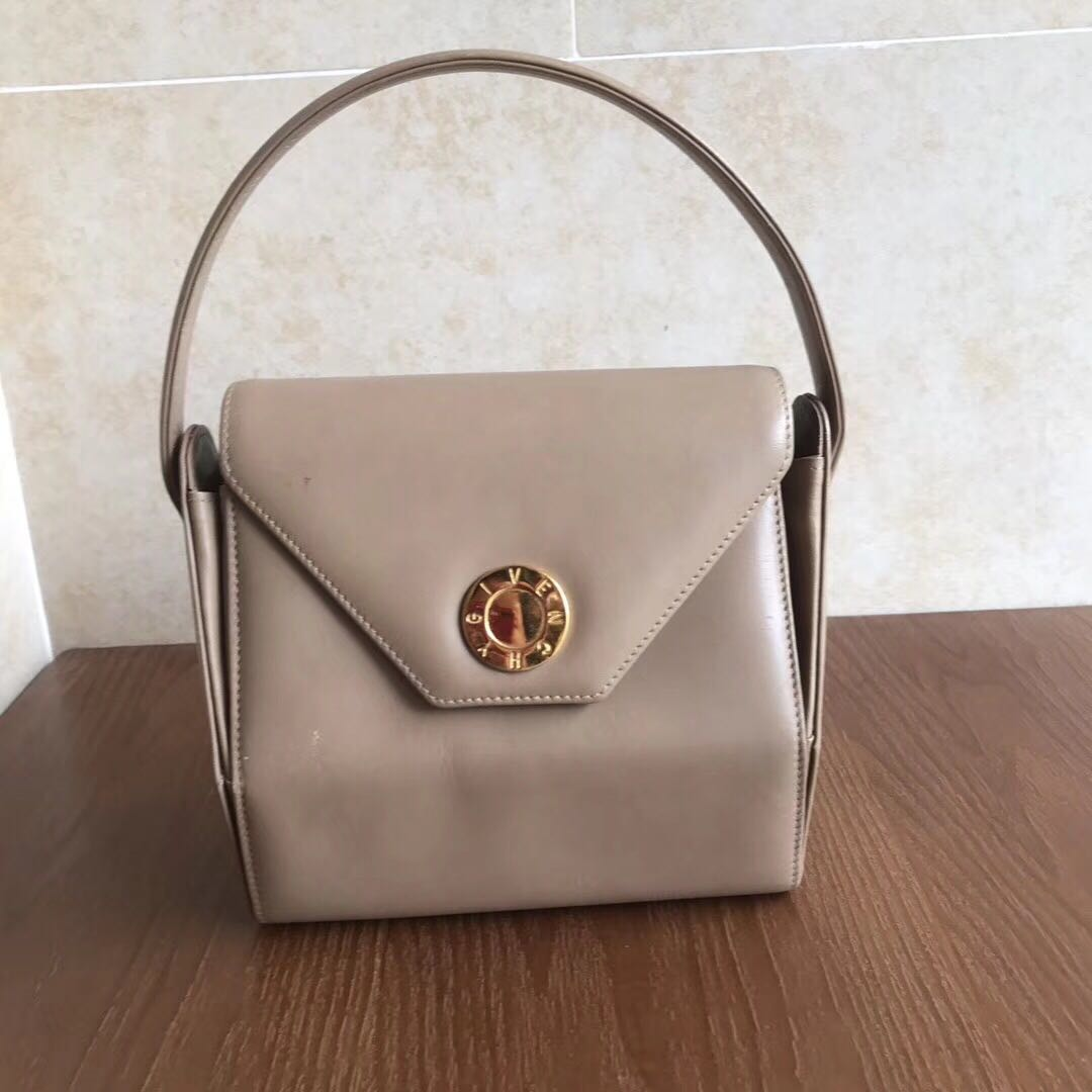 Givenchy carry bag