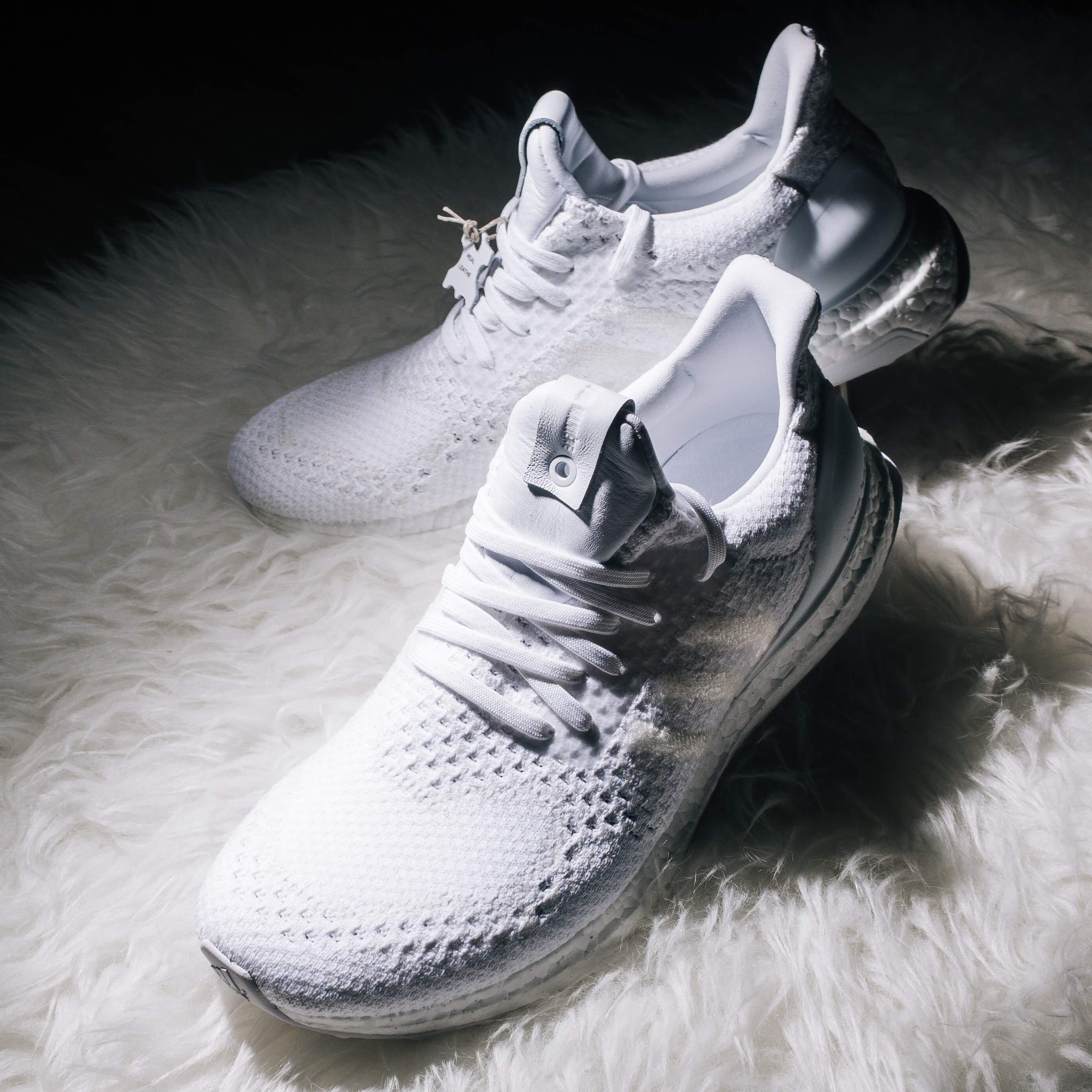 7dadd422d7805 Uk8 US8.5 A Ma Maniere X Invincible X Adidas ultra boost