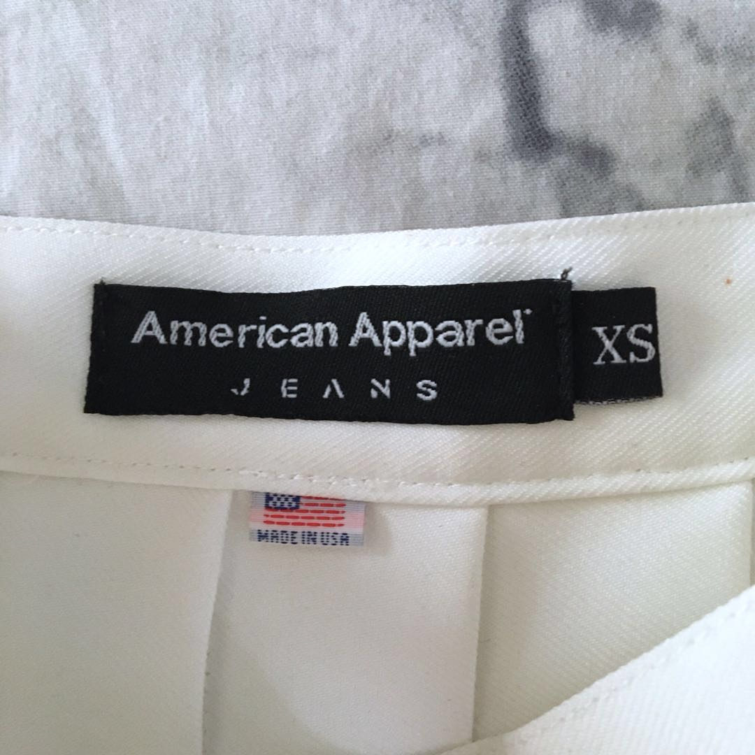 White American Apparel tennis skirt XS