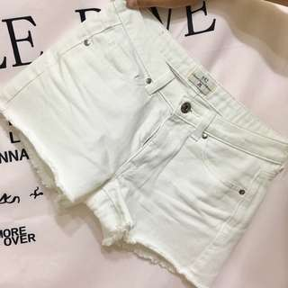 🚚 NET 牛仔短褲 白