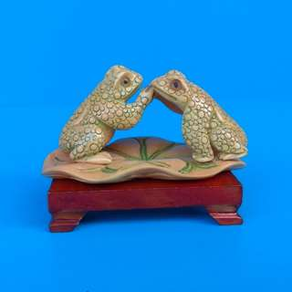 Vintage Hand Crafted Cow Bone Carvings Figurine Double Frog Sitting On Lotus