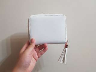 [BN] White Tassel Wallet