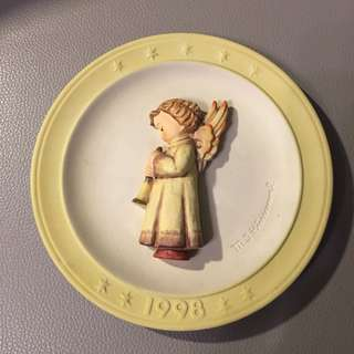 GOEBEL HUMMEL Collectible Plate #695 1998 (NEW)