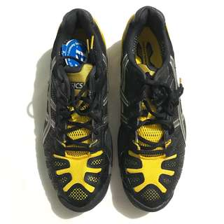 asic's gel resolution 3 tennis shoes