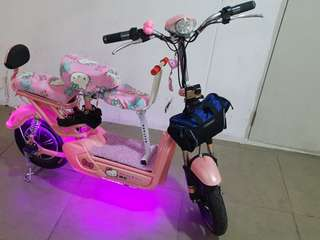 Pink Hellokitty escooter with led cute