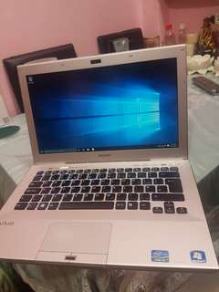 Gaming sony vaio corei3 2330 6gb ram..500gb hdd amd radeon 7400 up to 2gb videocard