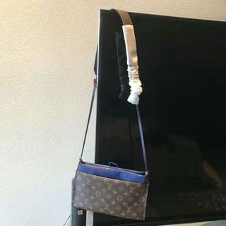 Louis Vuitton small pouch