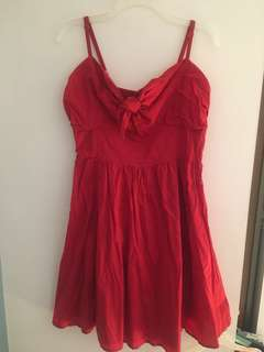 Red summer dress (size L, Suzy Shier)