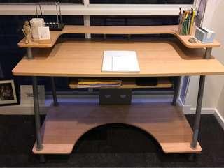 Work desk - barely used