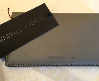 Kendall+Kylie - Wallet