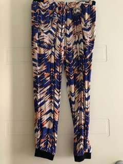 Witchery women's slouch pants size 8