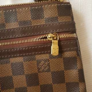 Louis vuitton ebene body bag with box and dustbag